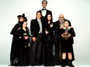 Famille Addams Addams Family Dani Lary gothique humour magie cabaret télévision emission